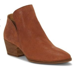 NWT Lucky Brand Iceress Ankle Boot 9